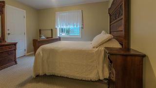 Photo 16: 5667 ANNEX Road in Sechelt: Halfmn Bay Secret Cv Redroofs House for sale (Sunshine Coast)  : MLS®# R2045259