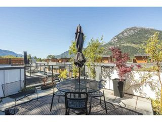 """Photo 2: 52 39769 GOVERNMENT Road in Squamish: Northyards Townhouse for sale in """"BREEZE"""" : MLS®# R2583791"""