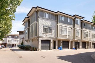 """Photo 3: 59 1010 EWEN Avenue in New Westminster: Queensborough Townhouse for sale in """"WINDSOR MEWS"""" : MLS®# R2595732"""