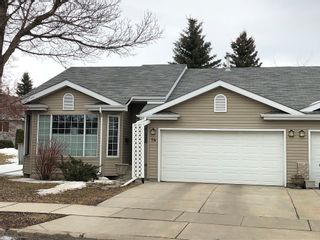 Photo 1: 20 Deerbourne Drive in St. Albert: Townhouse for rent