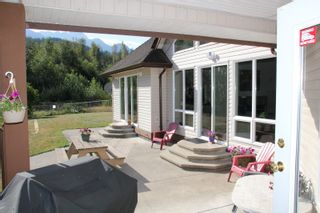 Photo 35: 25330 TRANS CANADA Highway in Yale: Yale - Dogwood Valley House for sale (Hope)  : MLS®# R2487134