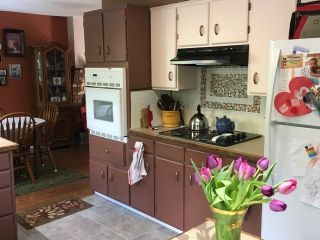 Photo 3: 4198 BROWNING Road in Sechelt: Sechelt District House for sale (Sunshine Coast)  : MLS®# R2242910