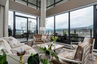 """Photo 3: 1803 301 CAPILANO Road in Port Moody: Port Moody Centre Condo for sale in """"THE RESIDENCES"""" : MLS®# R2157034"""