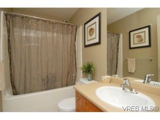 Photo 7: 104 842 Brock Ave in VICTORIA: La Langford Proper Row/Townhouse for sale (Langford)  : MLS®# 507331