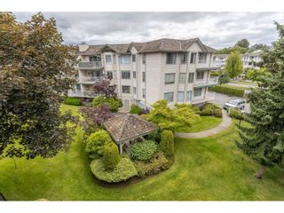 """Photo 34: 310 5360 205 Street in Langley: Langley City Condo for sale in """"PARKWAY ESTATES"""" : MLS®# R2515789"""