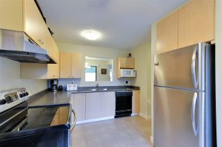 """Photo 1: 255 27411 28 Avenue in Langley: Aldergrove Langley Townhouse for sale in """"Alderview"""" : MLS®# R2283572"""
