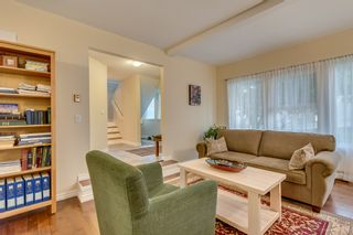 """Photo 4: 2558 STEEPLE Court in Coquitlam: Upper Eagle Ridge House for sale in """"UPPER EAGLE RIDGE"""" : MLS®# R2082619"""