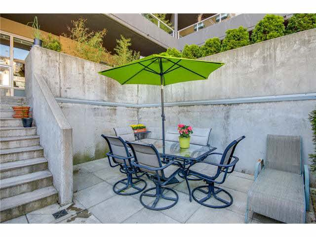 """Photo 16: Photos: 110 1288 CHESTERFIELD Avenue in North Vancouver: Central Lonsdale Condo for sale in """"ALINA"""" : MLS®# V1065611"""