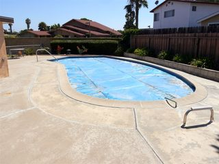 Photo 7: CLAIREMONT House for sale : 3 bedrooms : 7065 Cosmo Ct. in San Diego