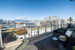 """Photo 8: 1103 88 W 1ST Avenue in Vancouver: False Creek Condo for sale in """"THE ONE"""" (Vancouver West)  : MLS®# R2624687"""