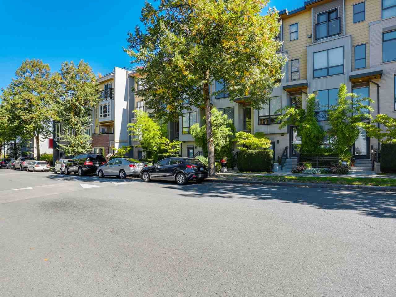 """Photo 16: Photos: 3748 COMMERCIAL Street in Vancouver: Victoria VE Townhouse for sale in """"BRIX 1"""" (Vancouver East)  : MLS®# R2107827"""