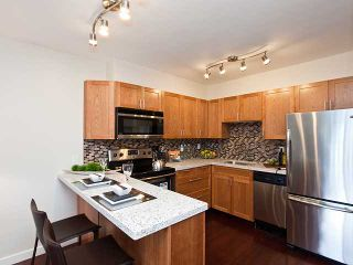 Photo 3: 324 711 6 Avenue in Vancouver: Mount Pleasant VE Condo for sale (Vancouver East)  : MLS®# v990477