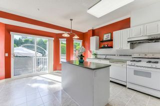 """Photo 5: 9 20750 TELEGRAPH Trail in Langley: Walnut Grove Townhouse for sale in """"Heritage Glen"""" : MLS®# R2267788"""