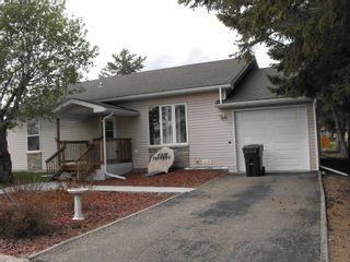 Photo 2: 5322 48 Avenue: Elk Point House for sale : MLS®# E4246700