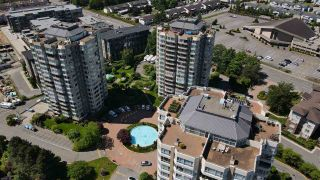"""Photo 3: 1402 3190 GLADWIN Road in Abbotsford: Central Abbotsford Condo for sale in """"Regency Park"""" : MLS®# R2589497"""