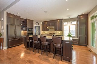 Photo 13: 15 696 W COMMISSIONERS Road in London: South M Residential for sale (South)  : MLS®# 40168772