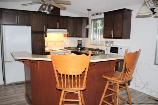 """Photo 4: 77 145 KING EDWARD Street in Coquitlam: Maillardville Manufactured Home for sale in """"MILL CREEK VILLAGE"""" : MLS®# R2429842"""