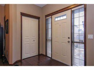Photo 4: 202 ELGIN Rise SE in Calgary: McKenzie Towne House for sale : MLS®# C4049273