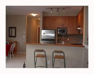 """Photo 4: 405 4883 MACLURE MEWS BB in Vancouver: Quilchena Condo for sale in """"MATTHEWS HOUSE"""" (Vancouver West)  : MLS®# V765185"""