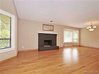 Photo 4: 1895 Barrett Dr in NORTH SAANICH: NS Dean Park House for sale (North Saanich)  : MLS®# 605942