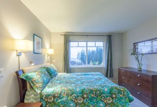 "Photo 13: 159 2000 PANORAMA Drive in Port Moody: Heritage Woods PM Townhouse for sale in ""MOUNTAIN EDGE"" : MLS®# R2222526"