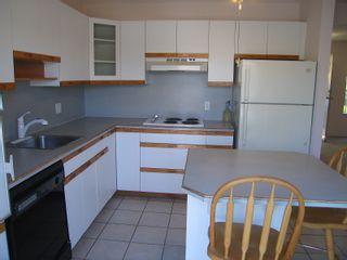 Photo 6: 122 MINER Street in New Westminster: Sapperton 1/2 Duplex for sale : MLS®# V847619