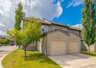 Photo 2: 173 Chapalina Square SE in Calgary: Chaparral Row/Townhouse for sale : MLS®# A1140559