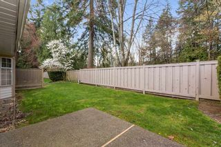 """Photo 18: 113 9715 148A Street in Surrey: Guildford Townhouse for sale in """"Chelsea Gate"""" (North Surrey)  : MLS®# R2450333"""