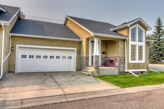 Photo 2: 71 Cedargrove Lane SW in Calgary: Cedarbrae Semi Detached for sale : MLS®# A1132179