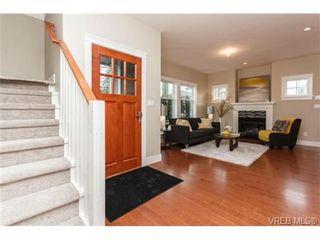 Photo 4: B 7880 Wallace Dr in SAANICHTON: CS Saanichton Half Duplex for sale (Central Saanich)  : MLS®# 686274