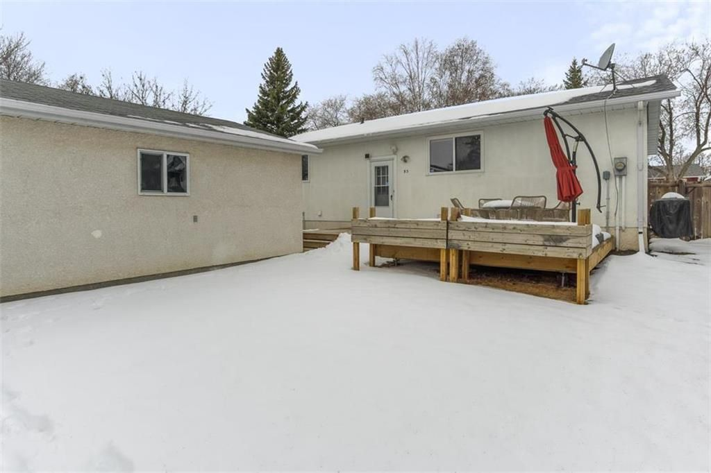 Photo 32: Photos: 93 Pike Crescent in Winnipeg: East Elmwood Residential for sale (3B)  : MLS®# 202108663