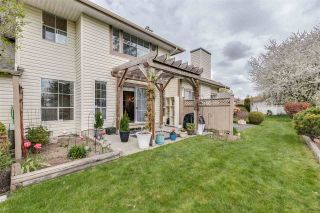"""Photo 1: 12 6140 192 Street in Surrey: Cloverdale BC Townhouse for sale in """"ESTATES AT MANOR RIDGE"""" (Cloverdale)  : MLS®# R2473669"""