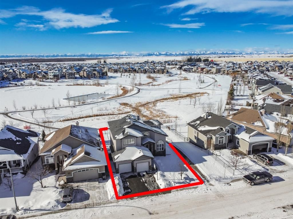 Main Photo: 609 High Park Boulevard NW: High River Detached for sale : MLS®# A1070347
