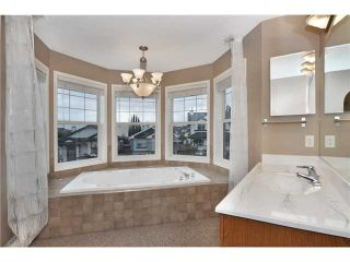 Photo 10: 108 PRESTWICK Mews SE in CALGARY: McKenzie Towne Residential Detached Single Family for sale (Calgary)  : MLS®# C3580861