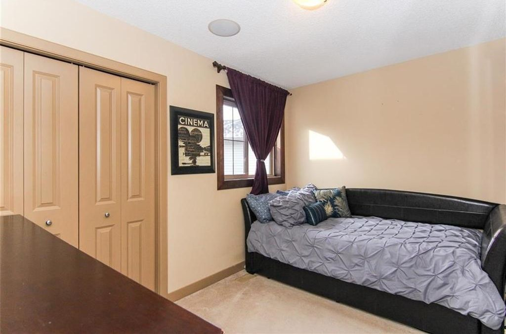 Photo 33: Photos: 21 CRANBERRY Cove SE in Calgary: Cranston House for sale : MLS®# C4164201