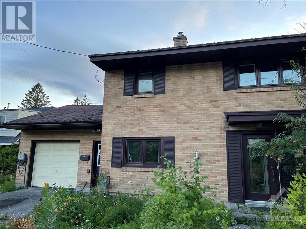 Main Photo: 1246 PRINCE OF WALES DRIVE in Ottawa: Vacant Land for sale : MLS®# 1255891