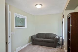 Photo 15: 429 19 Avenue NE in Calgary: Winston Heights/Mountview Semi Detached for sale : MLS®# A1063188