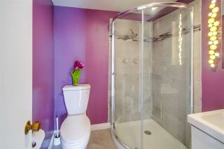 Photo 10: CLAIREMONT Townhouse for sale : 3 bedrooms : 5528 Caminito Katerina in San Diego