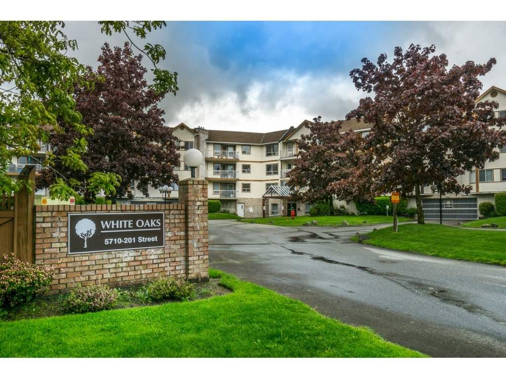 """Main Photo: 303 5710 201 Street in Langley: Langley City Condo for sale in """"White Oaks"""" : MLS®# R2166738"""