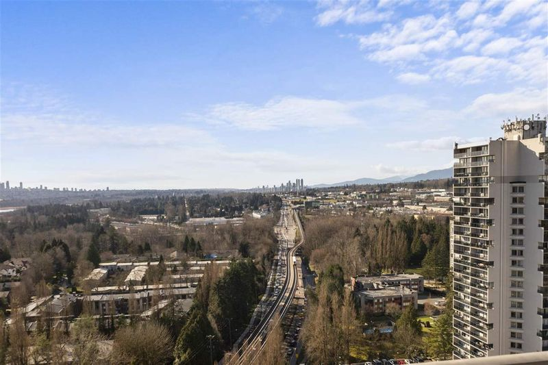 FEATURED LISTING: 2405 - 3737 BARTLETT Court Burnaby