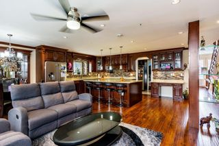 Photo 5: 12722 112B Avenue in Surrey: Bridgeview House for sale (North Surrey)  : MLS®# R2295003