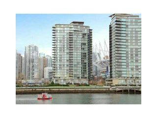 """Photo 1: 2002 918 COOPERAGE Way in Vancouver: Yaletown Condo for sale in """"MARINER"""" (Vancouver West)  : MLS®# V1116237"""