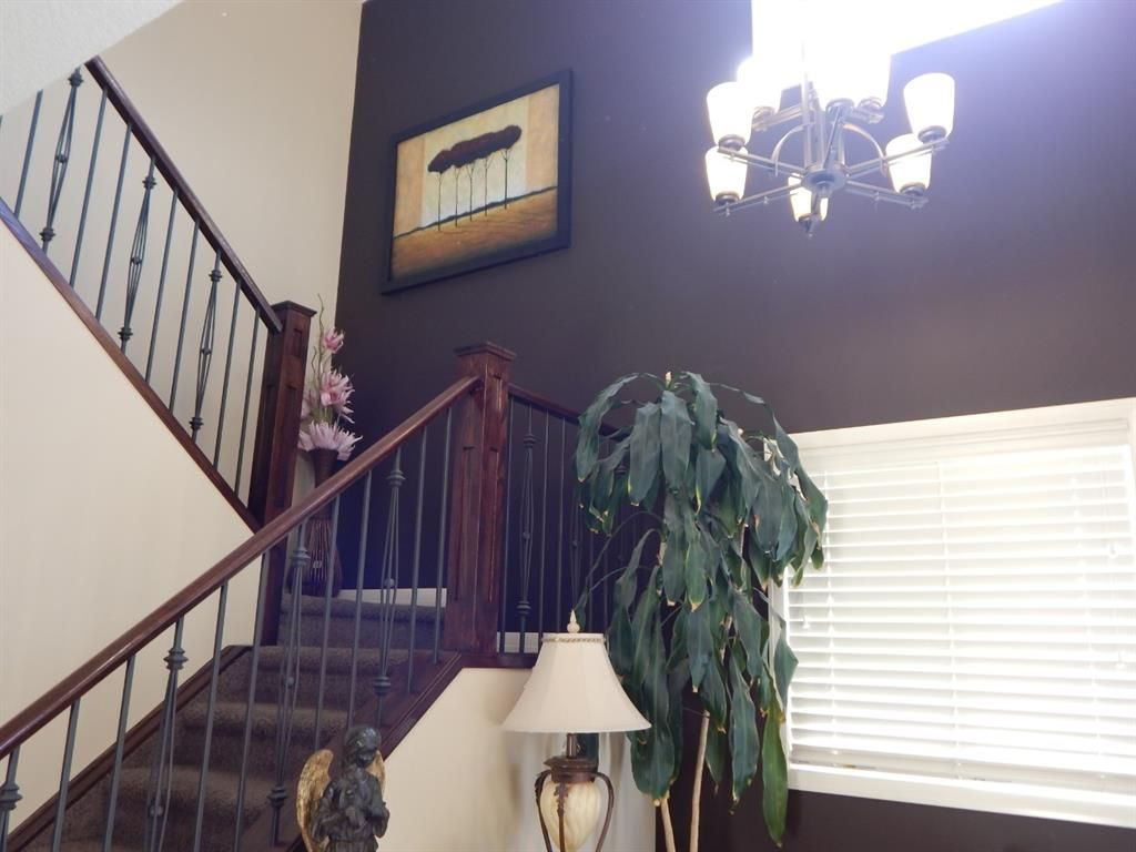 Photo 14: Photos: 215 Panatella View in Calgary: Panorama Hills Detached for sale : MLS®# A1046159