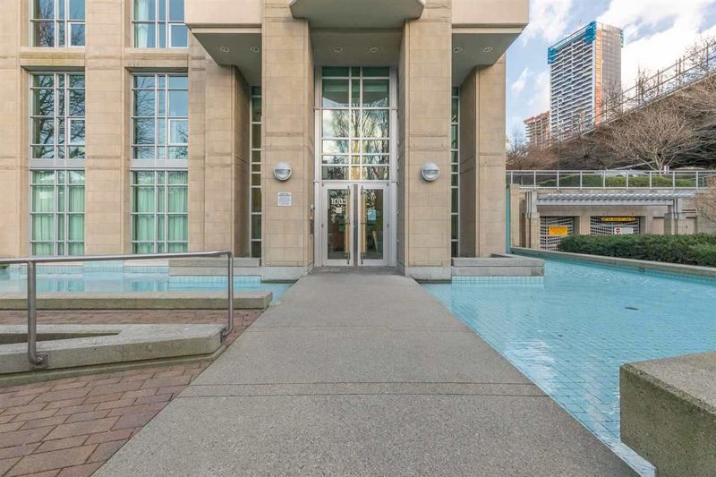 FEATURED LISTING: 501 - 1005 BEACH Avenue Vancouver
