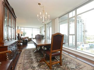 Photo 6: 604 100 Saghalie Rd in : VW Songhees Condo for sale (Victoria West)  : MLS®# 857057
