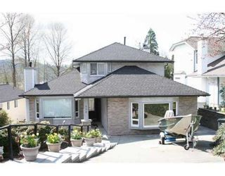 Photo 1: 534 SAN REMO DR in Port Moody: House for sale : MLS®# V943795