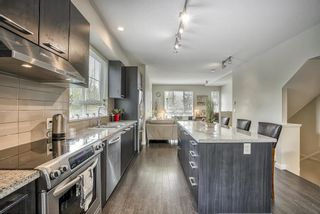 """Photo 7: 48 1338 HAMES Crescent in Coquitlam: Burke Mountain Townhouse for sale in """"FARRINGTON PARK"""" : MLS®# R2453461"""