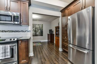 """Photo 9: 114 828 ROYAL Avenue in New Westminster: Downtown NW Townhouse for sale in """"BRICKSTONE WALK"""" : MLS®# R2161286"""