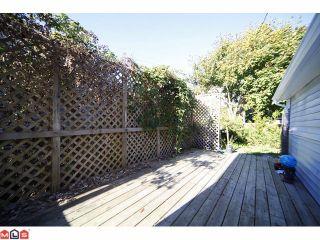 Photo 9: 15506 VICTORIA Avenue: White Rock House for sale (South Surrey White Rock)  : MLS®# F1025203