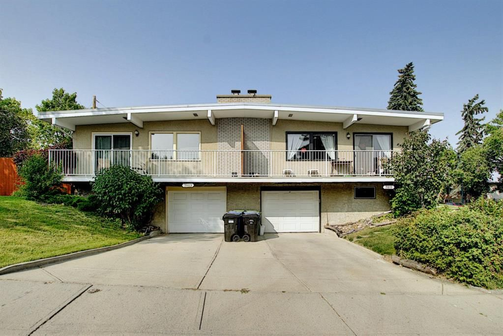 Main Photo: 7011 HUNTERVILLE Road NW in Calgary: Huntington Hills Semi Detached for sale : MLS®# A1035276